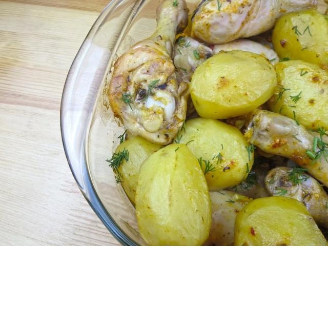 Курица с картошкой в духовке Вкусное меню # 51