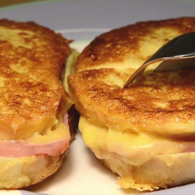 Быстрый завтрак или перекус для ленивых за 10 минут! Просто, но как Вкусно! Бутерброды на сковороде!
