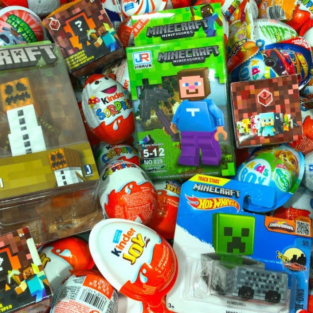 Киндер Сюрпризы, A Lot Of Candy and Kinder Surprise Eggs Майнкрафт,Minecraft,Губка Боб,РИО