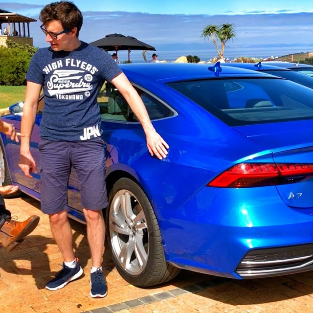 Ауди А7 2019! Панамера и CLS нервничают?! Обзор и тест-драйв с Павлом Блюденовым. Audi A7 55 TFSI.