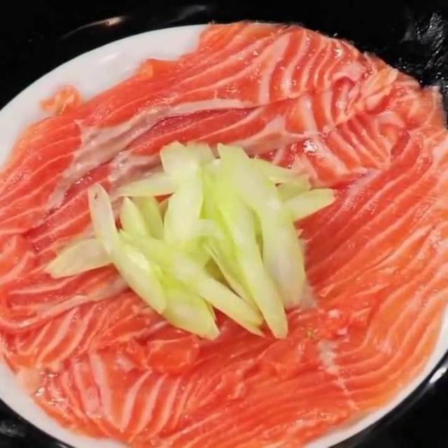 Тёплый мгновенный способ соления красной рыбы рецепт от шеф-повара / Илья Лазерсон