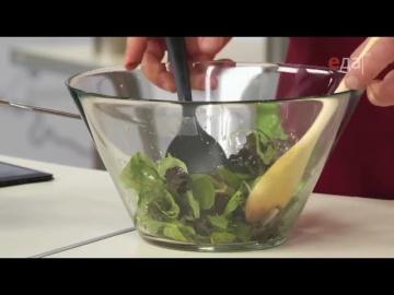 Как правильно заправлять и перемешивать микс-салат / от шеф-повара / Илья Лазерсон / Мировой повар