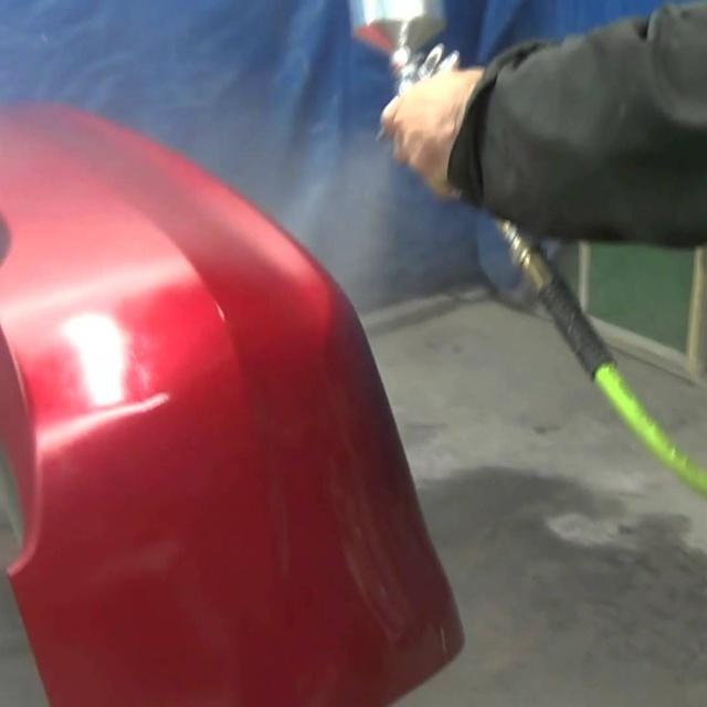 Покраска автомобильного бампера.