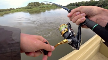 Ловля Щуки Судака Жереха На Спиннинг Рыбалка осенью в Астрахани 2019
