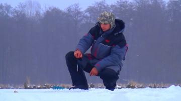 Рыбалка зимой | Ловля окуня на безмотылку от Михалыча