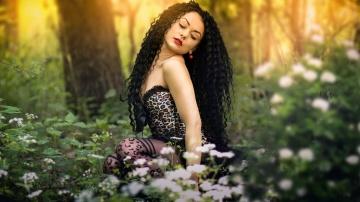 """Обработка в Фотошоп """"Девушка в лесу"""""""