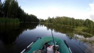 Ловля щуки на поверхностные приманки   уокер   поппер   (видео-отчет) рыбалка август 2015