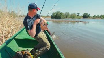 Такая рыбалка запомнится надолго! Ловля рыбы в красивейших местах Астрахани!