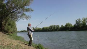 Рыбалка на СТРАННУЮ ПРИКОРМКУ для Карася Ловля карася в сентябре 2018