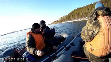 Рыбалка на Енисее ловля хариуса Кононово 2017 крупный хариусс
