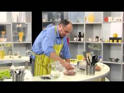Как правильно приготовить фарш для чебуреков мастер-класс от шеф-повара / Илья Лазерсон
