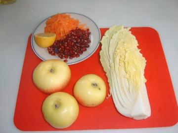 Салат из пекинской капусты с яблоками Маринкины Творинки