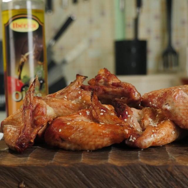 Славный Друже - Куриные крылья для гриля в соевом соусе