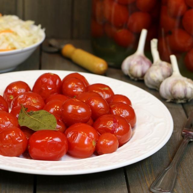 Сладкие маринованные помидоры. Заготовки на зиму