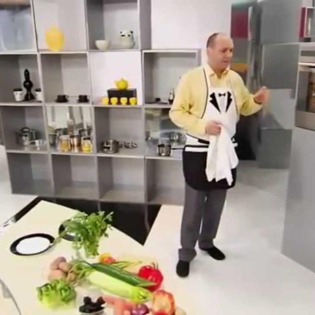 Как подавать холодное и горячее блюдо на одной тарелке мастер-класс от шеф-повара / Илья Лазерсон
