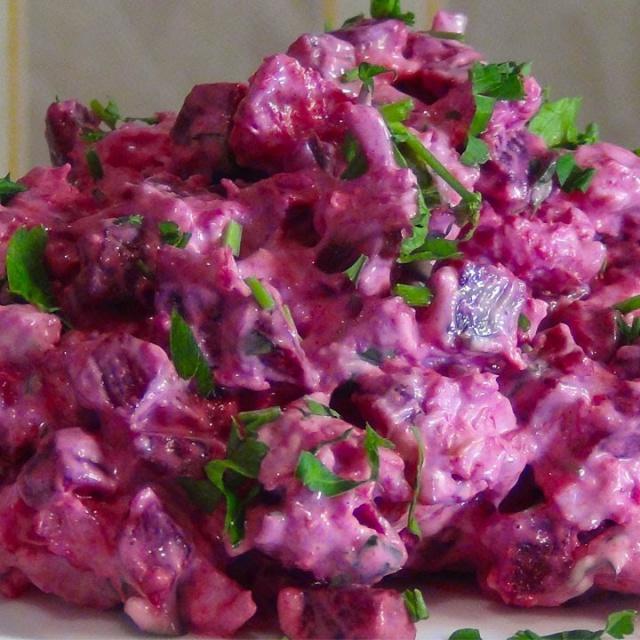 Салат  с куриной грудкой и свеклой | Рецепт Светланы Черновой