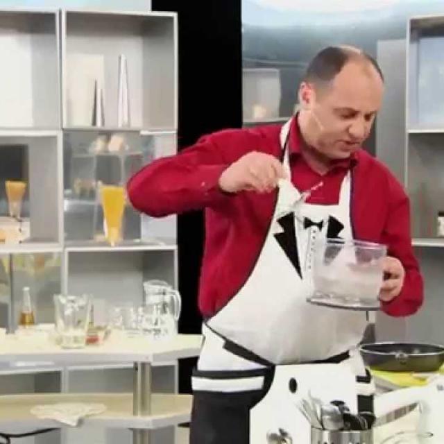 Как измельчить сало для борща в блендере мастер-класс от шеф-повара / Илья Лазерсон