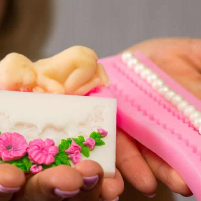 Как пользоваться СИЛИКОНОВЫМИ МОЛДАМИ для мастики | ГОТОВИМ ДОМА с Оксаной Пашко