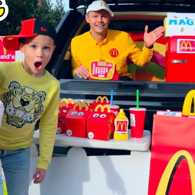 Мистер Макс и Мисс Кэти | MaGiC McDonalds превратил настоящую еду в Мэджик МакДональдс turn real foo