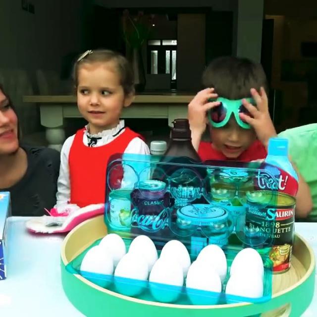 Мистер Макс и Мисс Кэти Challenge Prank Miss Katy Mister Max Челлендж Пранк яйцо на голову
