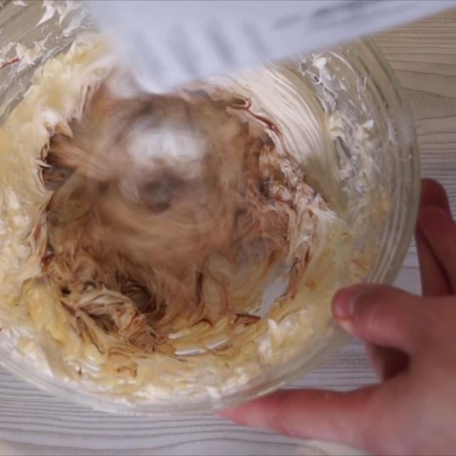 Торт Шоколадный на Кипятке с карамельным кремом | Видео рецепт | Калнина Наталья