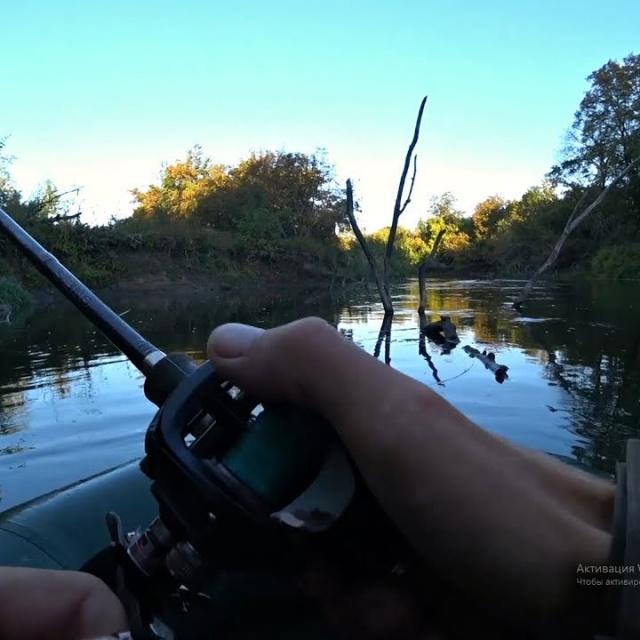 Не ожидал так быстро поймать щуку! Ловля щуки на воблер осенью Рыбалка в сентябре