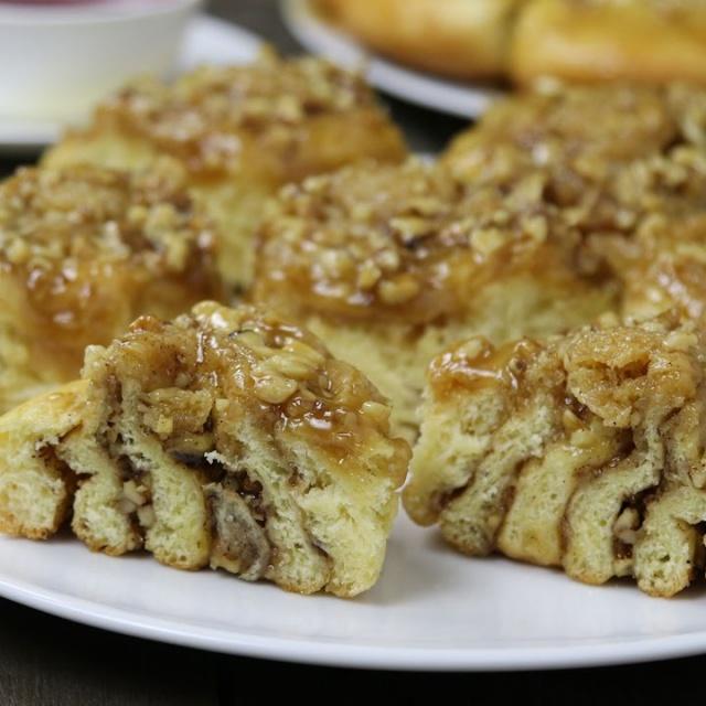 Булочки с Карамелью и Грецкими Орехами ✧ Разборный Пирог | Рецепт Хлебниковой