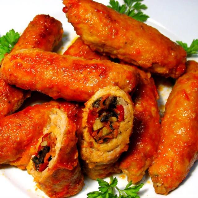 Блюда из свинины. Мясные рулетики. Смотреть