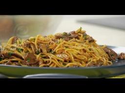 Китайская жареная лапша с говядиной рецепт от шеф-повара / Илья Лазерсон / китайская кухня