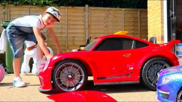 Мистер Макс ЧиНИт свои СЛОМАНЫЕ машинки или All kids toy cars are broken and Max try to fix the