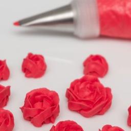 Розы из айсинга