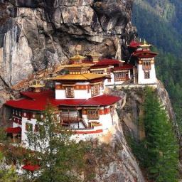 80 чудес света: Монастырь Гнездо Тигра в Бутане: Здесь медитировал Великий Гуру: Часть 25
