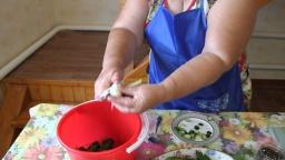 Малосольные огурчики Как сделать малосольные огурцы | Рецепт Юлии Минаевой
