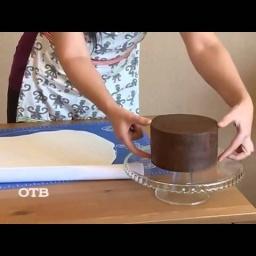 Украшение тортов мастикой | Видео урок | Мастер класс