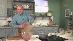 Котлеты с чесночным соусом+картофельное пюре+салат рецепт от шеф-повара Ильи Лазерсона