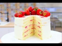 Торт Молочная Девочка | Бисквитный Торт с Клубникой | Видео рецепт