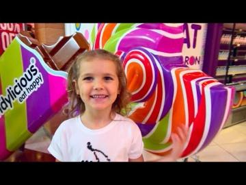 VlogMaS Что подарить на Рождество!? Челлендж - Мальчики против девочек / Вам решать - кто лучше?