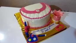 Торт сумочка с косметикой КАК ПОКРЫТЬ ТОРТ МАСТИКОЙ Торты для девочек