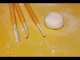 Инструменты для украшения тортов мастикой