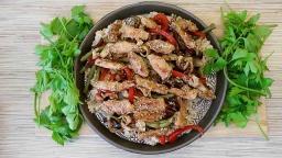 Алена Митрофанова -  Рис с овощами и курицей в соусе терияки