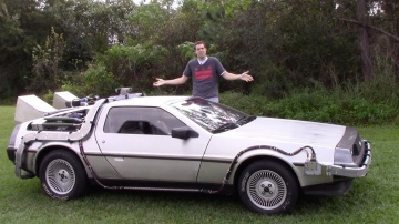 Машина времени DeLorean: обзор и тест-драйв