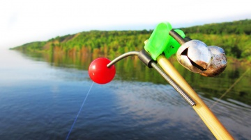 НА ЗАПРЕТНУЮ СНАСТЬ! Эта рыбалка была запрещена - ловля на кольцо с яйцами / Рецепт каши на леща