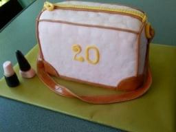 "3 Д торт ""Дамская сумочка""/3 D Torte ""Handtasche"""