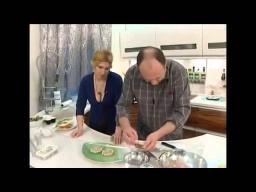 Селедка с горчицей и перепелиными яйцами рецепт от шеф-повара / Илья Лазерсон