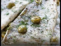 Юлия Высоцкая — Рыба, запеченная с оливками и каперсами