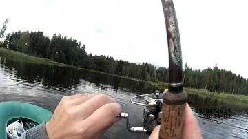 Ловля щуки на спиннинг осенью в траве (видео-отчет) Рыбалка 29 августа 2014. Поймал-снял-отпустил;)