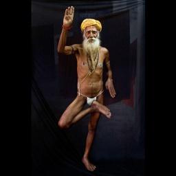 Йога: Невероятные способности индийских йогов
