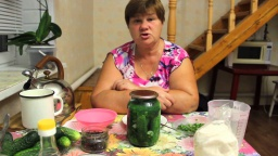 Юлия Минаева -  Обалденные огурчики Рецепт хрустящих маринованных огурцов на зиму