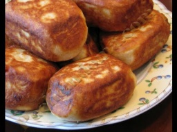 Жареные пирожки с повидлом на холодной закваске |Рецепт
