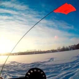 Зимняя рыбалка по первому льду. Ловля щуки и окуня на балансир и жерлицы
